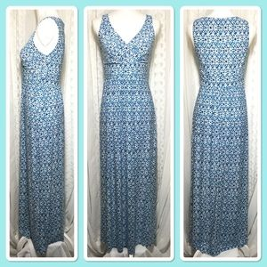 Blue, teal, white long maxi dress size small